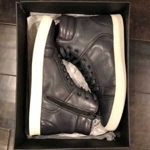 BLACK LEATHER HIGH TOP SNEAKERS SIZE 11